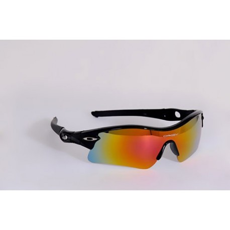 قیمت عینک oakley